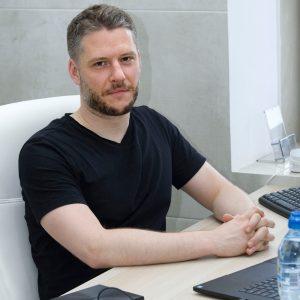 Dr Wojciech Górecki